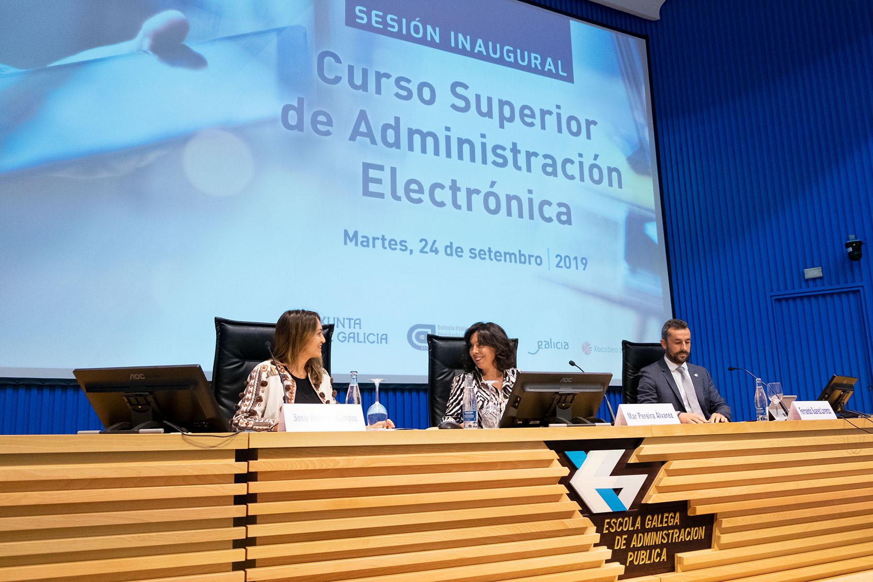 Inauguración do Curso Superior en Administración Electrónica.