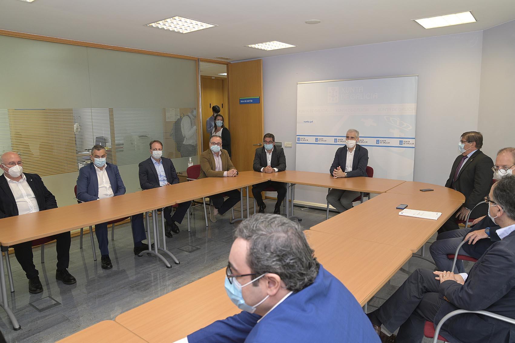 Reunión sobre o centro de fabricación avanzada da Cidade das TIC.