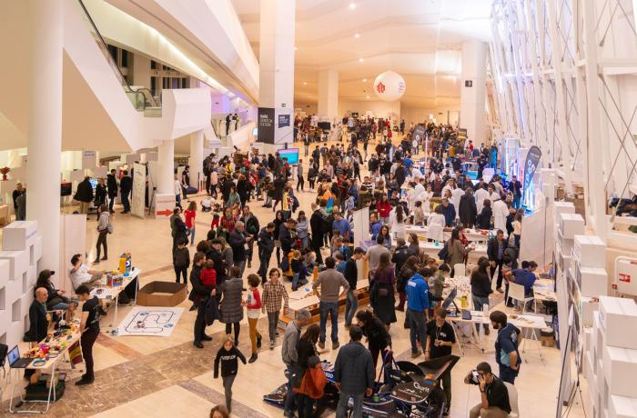 Imagen del público asistente a la Maker Faire del año pasado.