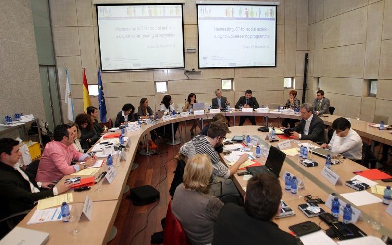 Más de 4.300 personas se beneficiaron de las actuaciones del Programa de Voluntariado Dixital de la Xunta en dos años