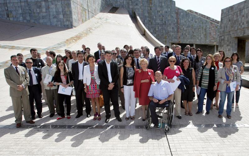 Un total de 67 empresas, concellos, asociacións e organismos públicos se suman ao programa de Voluntariado Dixital da Xunta