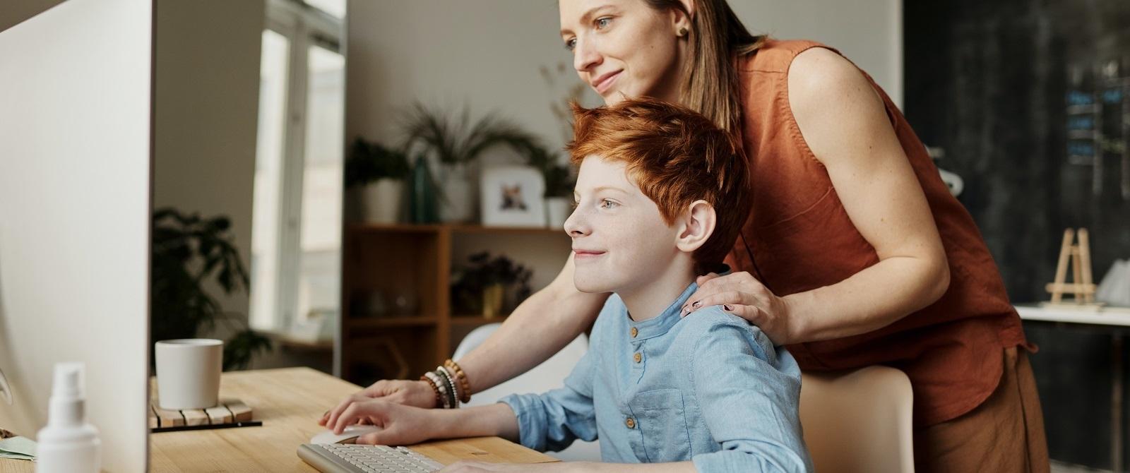 Guía para entreterte na casa con nen@s.