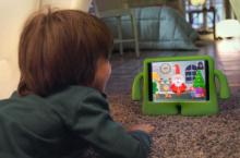 Neno usando a aplicación Xmas Time.
